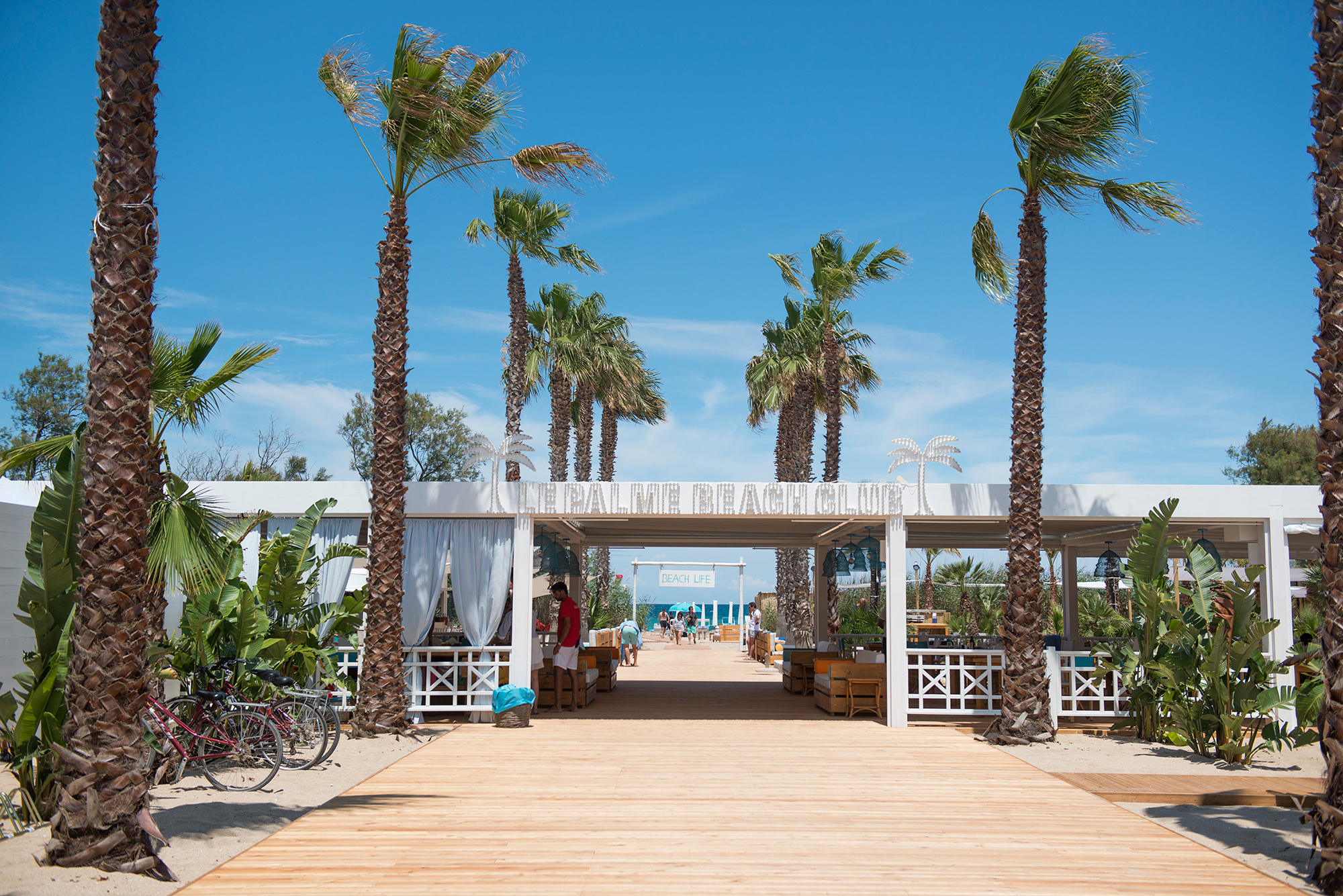 Le Palme Beach Club Fish Restaurant & Pizzeria